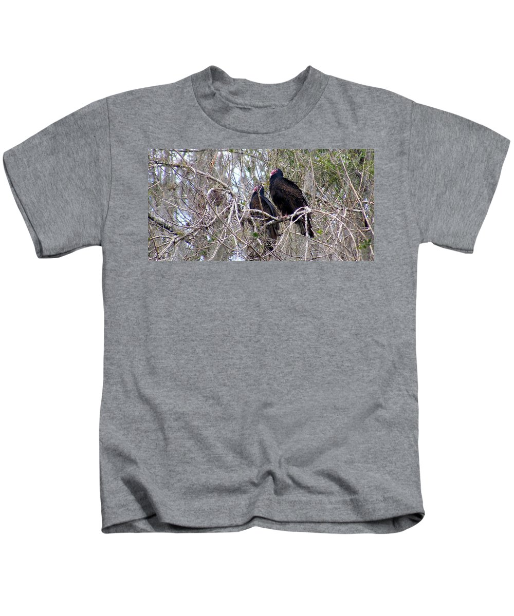 Birds Kids T-Shirt featuring the photograph Two Friends by Ed Smith