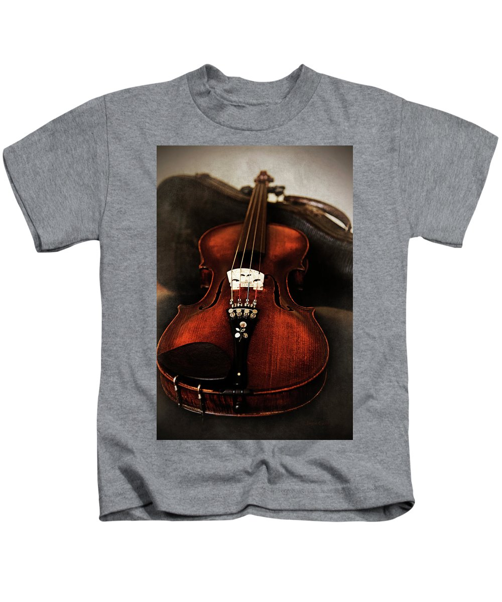 Violin Kids T-Shirt featuring the photograph Violin by Jayne Gohr