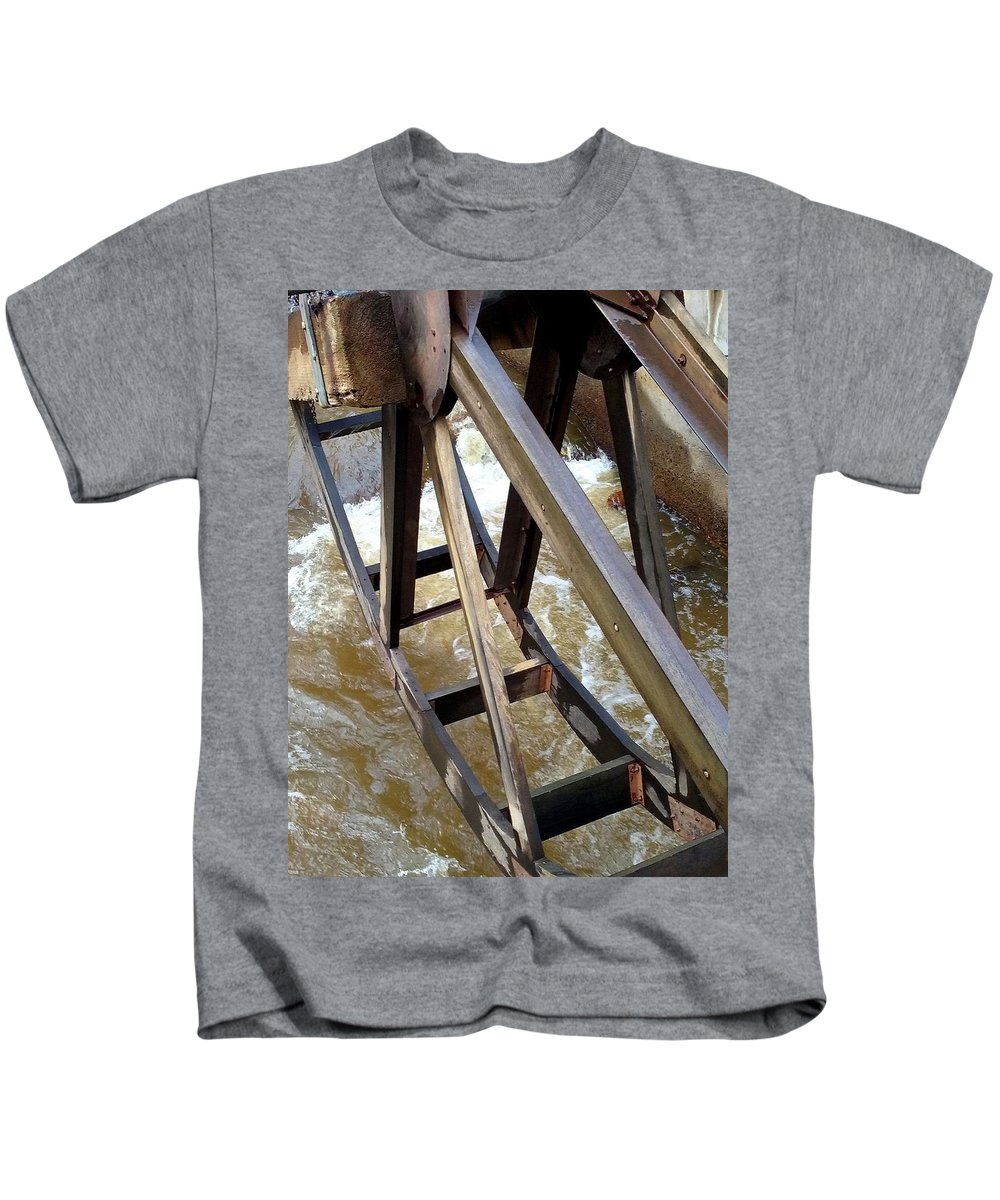 Water Wheel Kids T-Shirt featuring the photograph Water Wheel by Sarah Houser