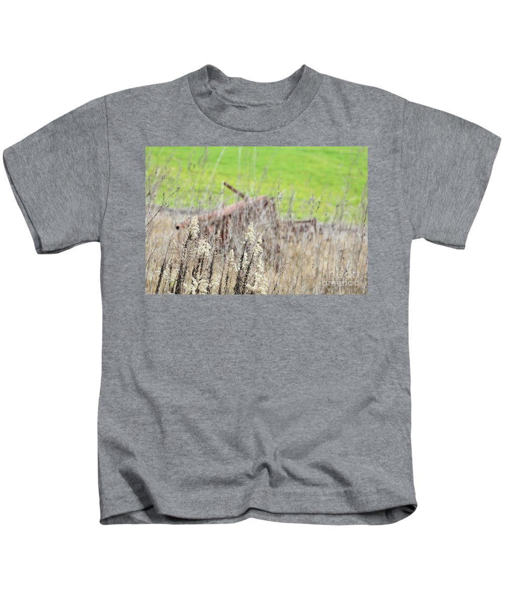 Kids T-Shirt featuring the photograph Weeds 008 by Jeff Downs