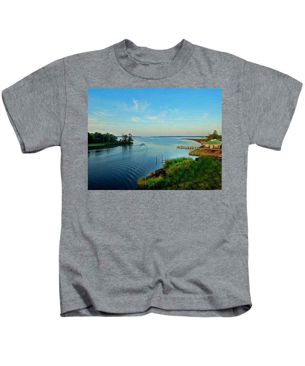 Weeks Bay Kids T-Shirt featuring the painting Weeks Bay Going Fishing by Michael Thomas
