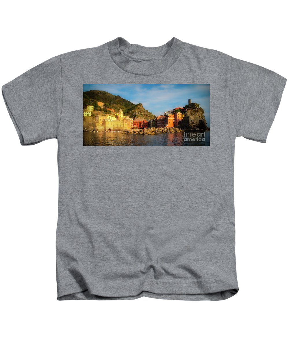 Vernazza Kids T-Shirt featuring the photograph Welcome To Vernazza by Doug Sturgess