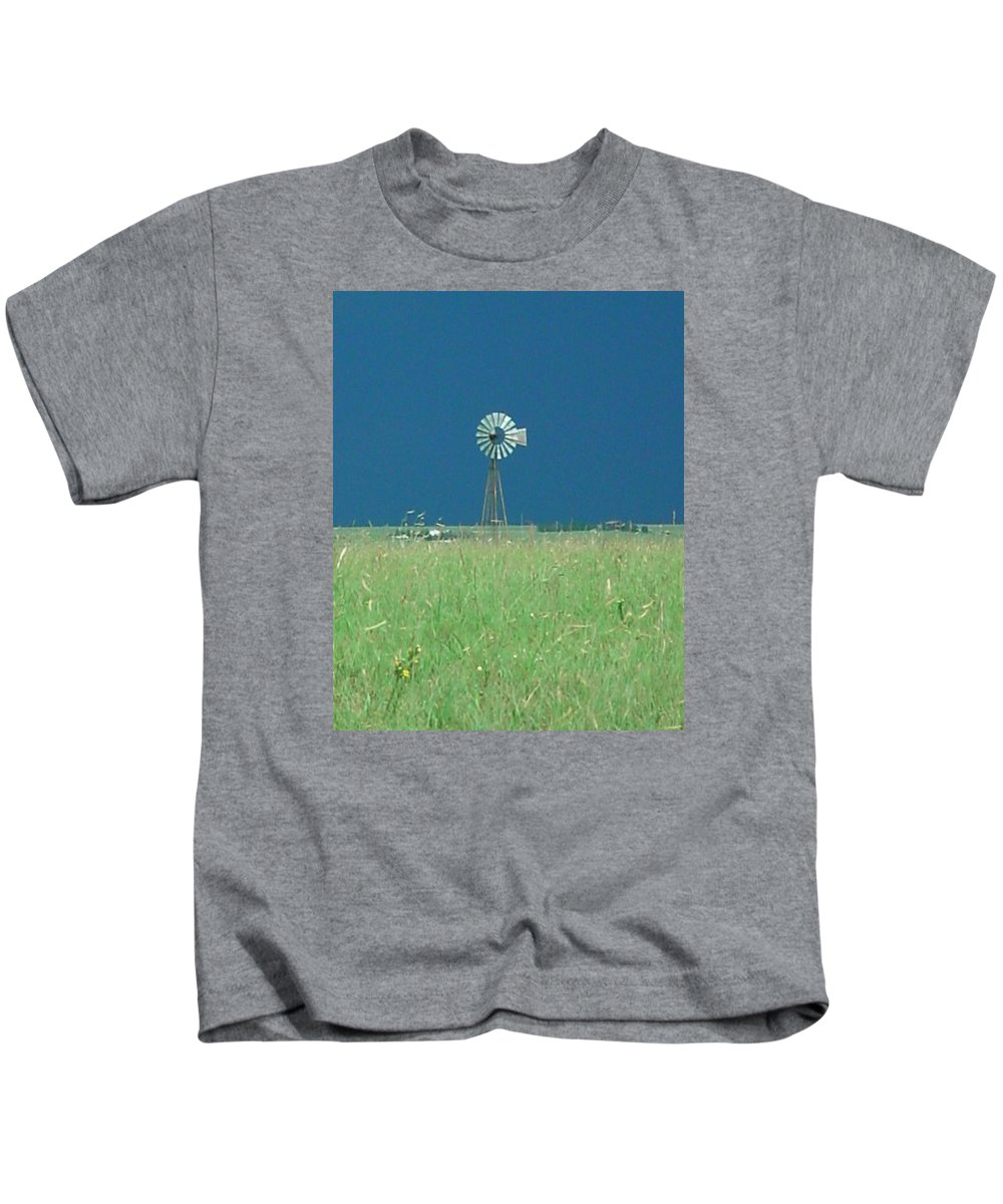 Landscape - Windmill Kids T-Shirt featuring the photograph Windmill Before Storm by Val Conrad