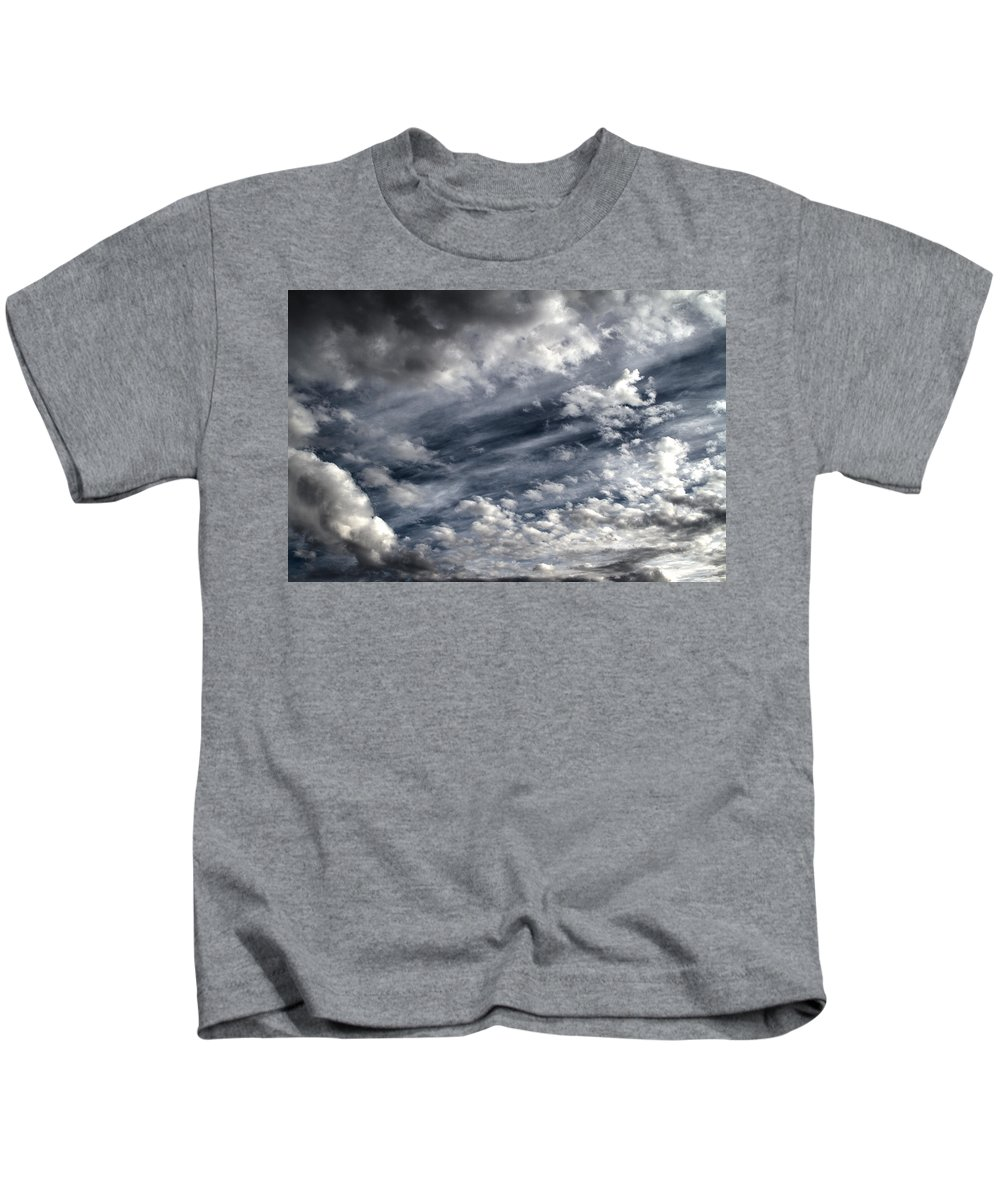 Arizona Kids T-Shirt featuring the photograph Wispy Skies by Cathy Franklin