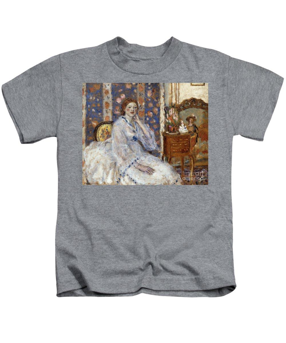 Woman Seated In An Armchair Kids T-Shirt featuring the painting Woman Seated In An Armchair by Frederick Carl Frieseke