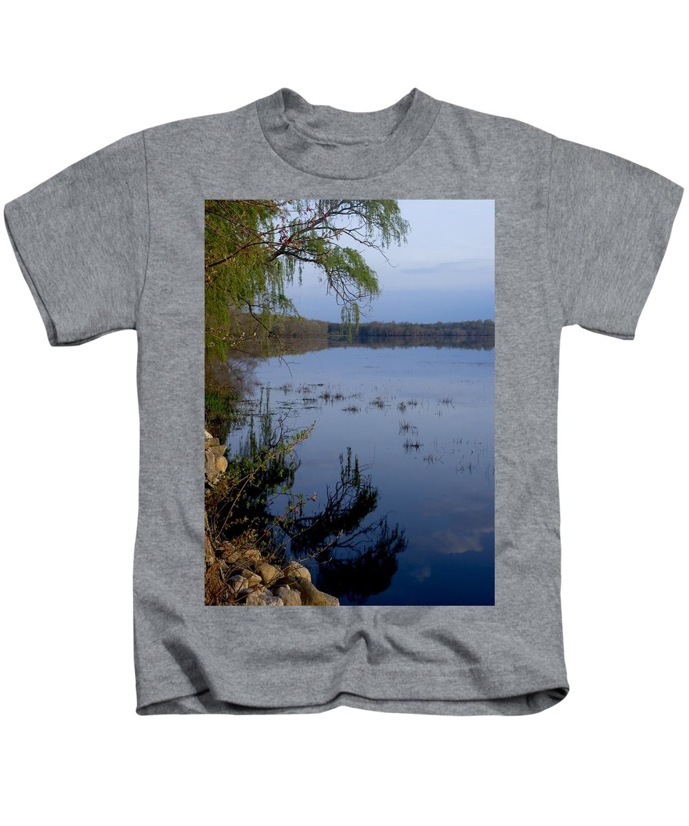 Sunrise Kids T-Shirt featuring the photograph Worden's Pond 3 by Steven Natanson