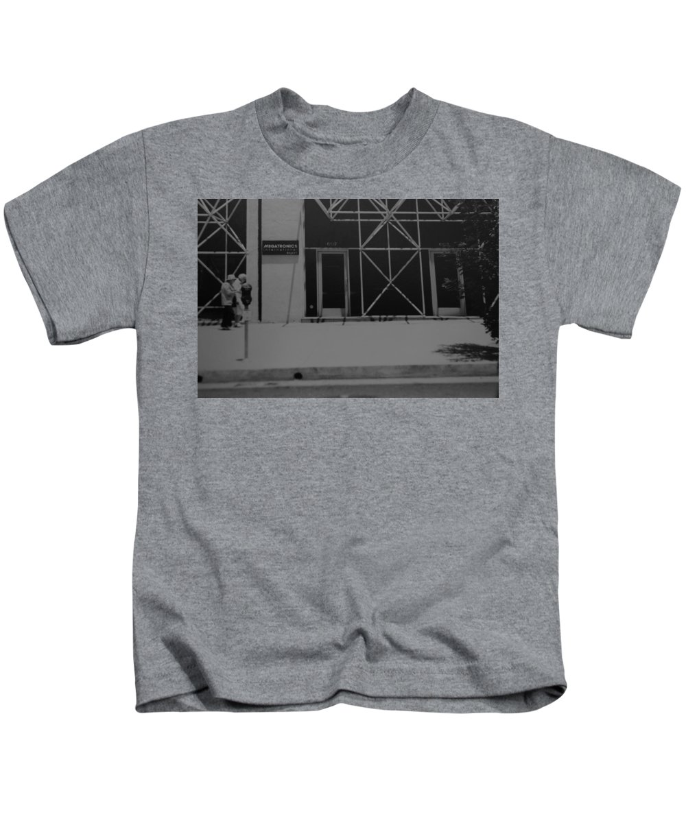 Black And White Kids T-Shirt featuring the photograph X by Rob Hans