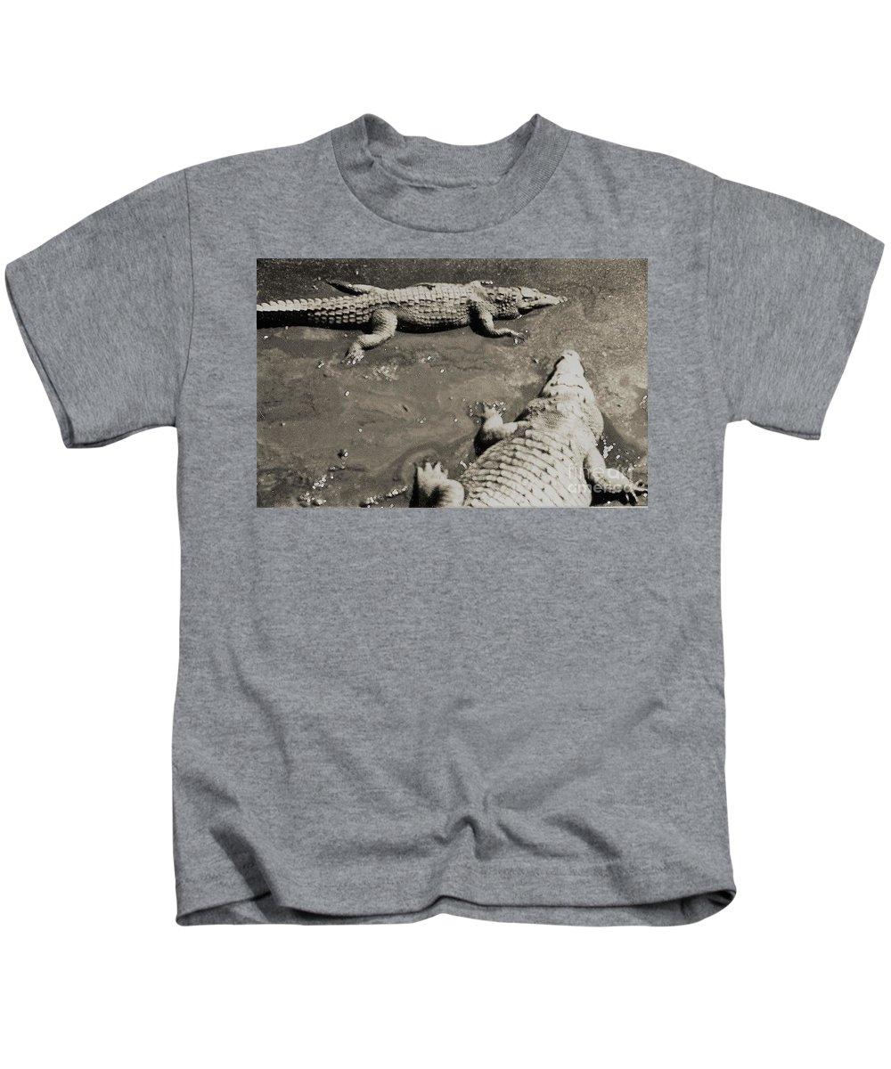 Big Kids T-Shirt featuring the photograph Gator Park Residence by Venancio Diaz