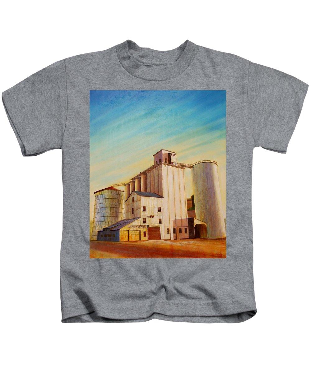 Grain Kids T-Shirt featuring the painting Latah County Grain Growers by Leonard Heid