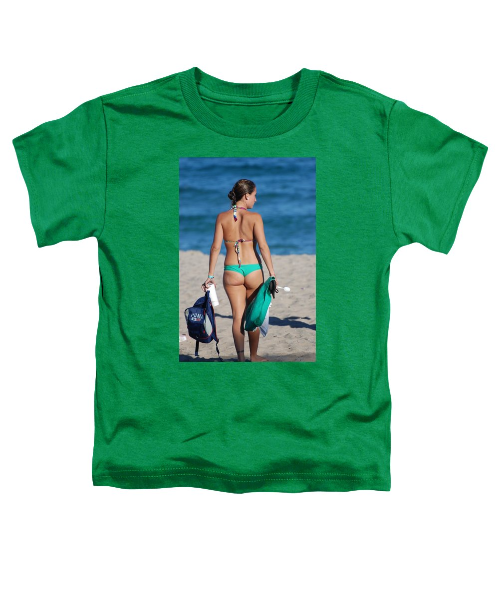 Girl Toddler T-Shirt featuring the photograph Domino by Rob Hans