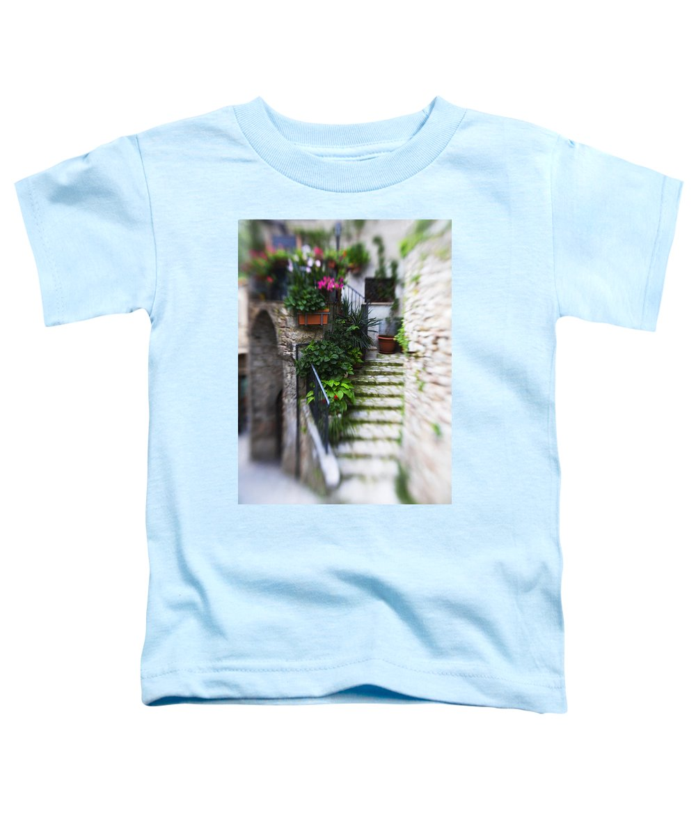 Italy Toddler T-Shirt featuring the photograph Archway And Stairs by Marilyn Hunt