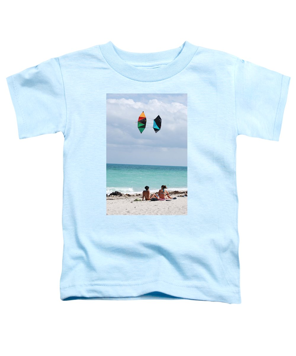 Sea Scape Toddler T-Shirt featuring the photograph Close Encounters by Rob Hans