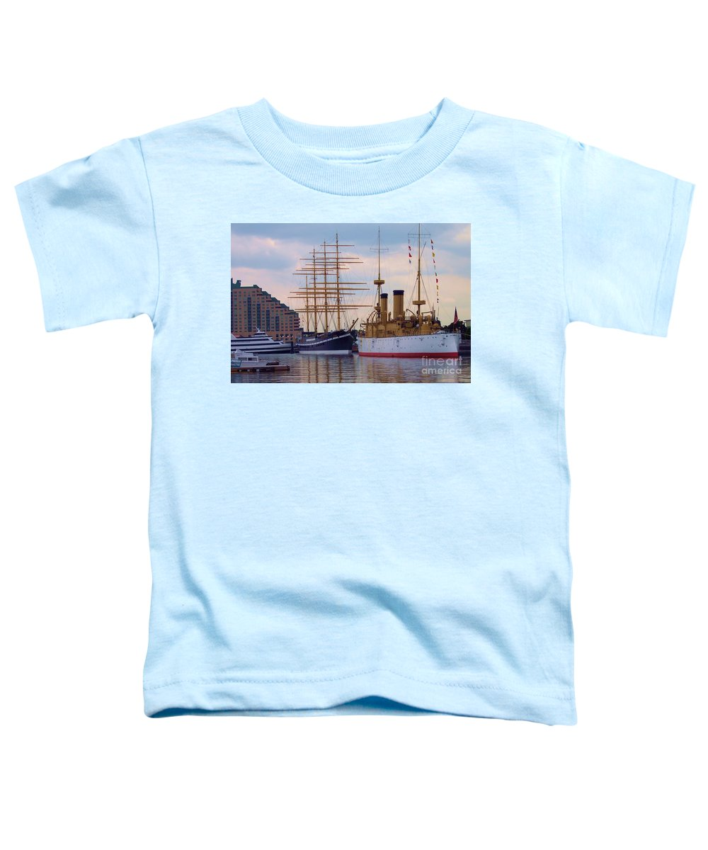 Philadelphia Toddler T-Shirt featuring the photograph Philadelphia Waterfront Olympia by Debbi Granruth