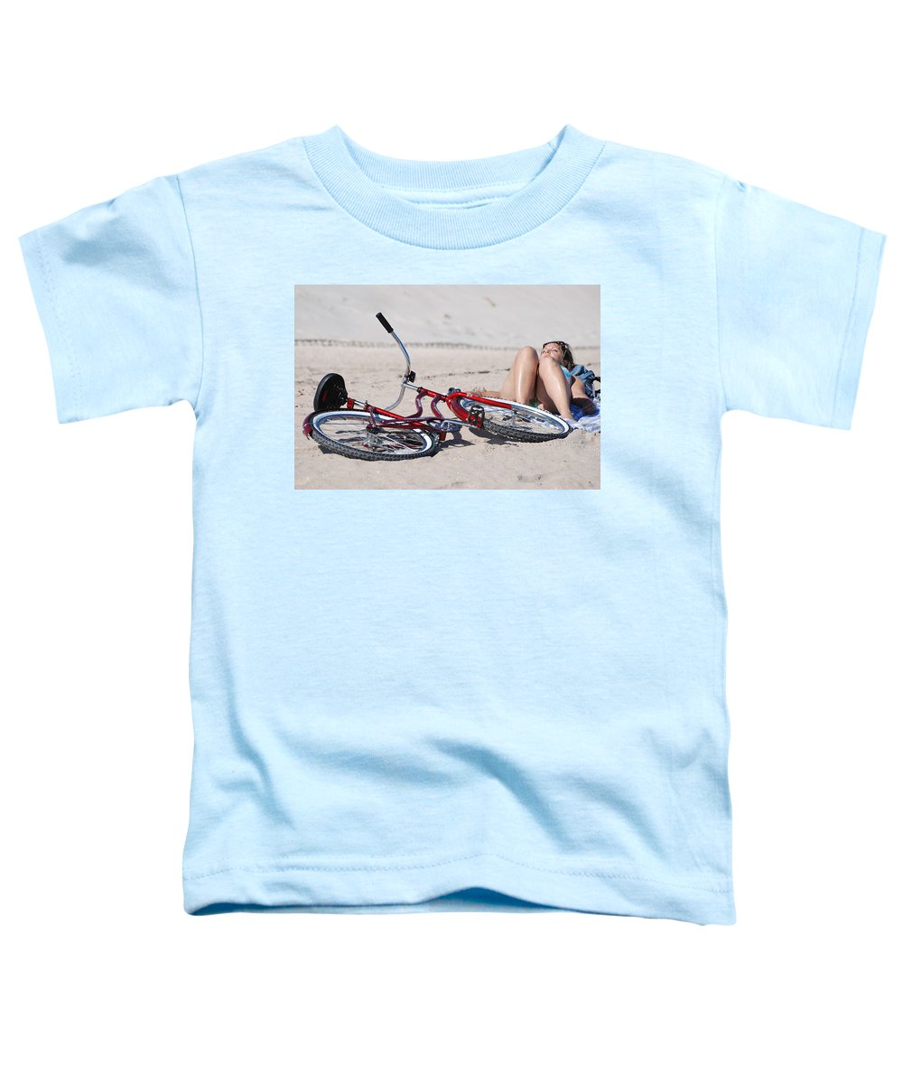 Red Toddler T-Shirt featuring the photograph Red Bike On The Beach by Rob Hans