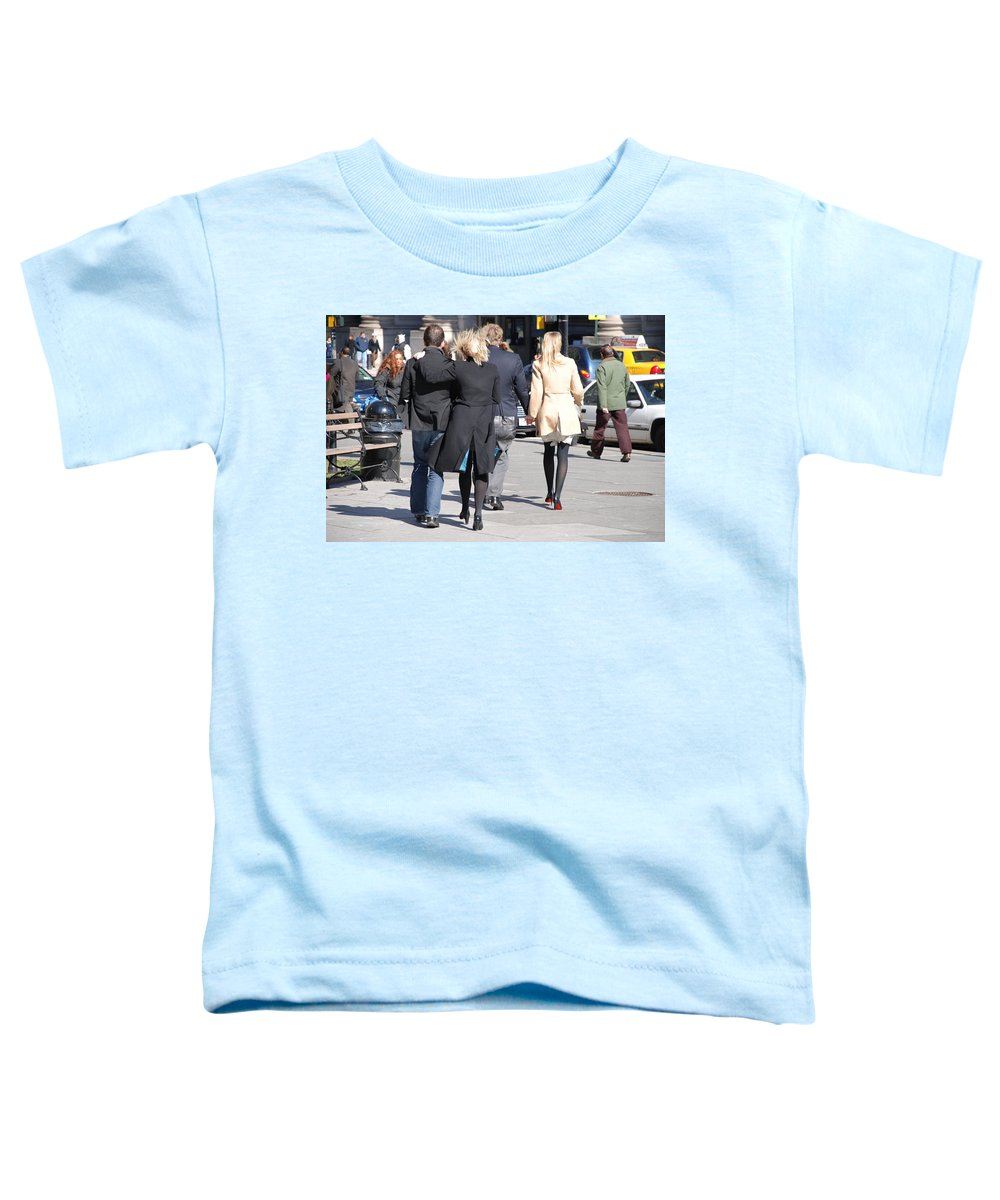 Urban Toddler T-Shirt featuring the photograph Rushing To The Alter by Rob Hans