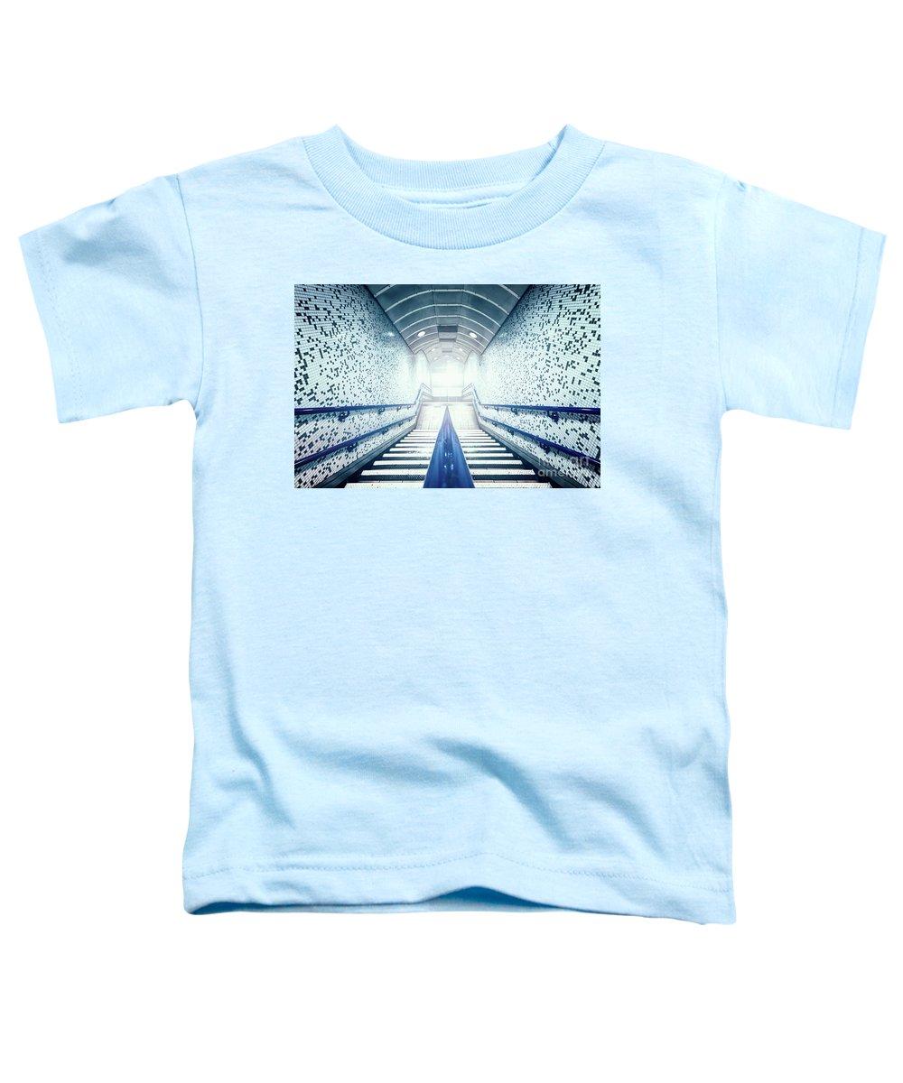Kremsdorf Toddler T-Shirt featuring the photograph The Rundown by Evelina Kremsdorf