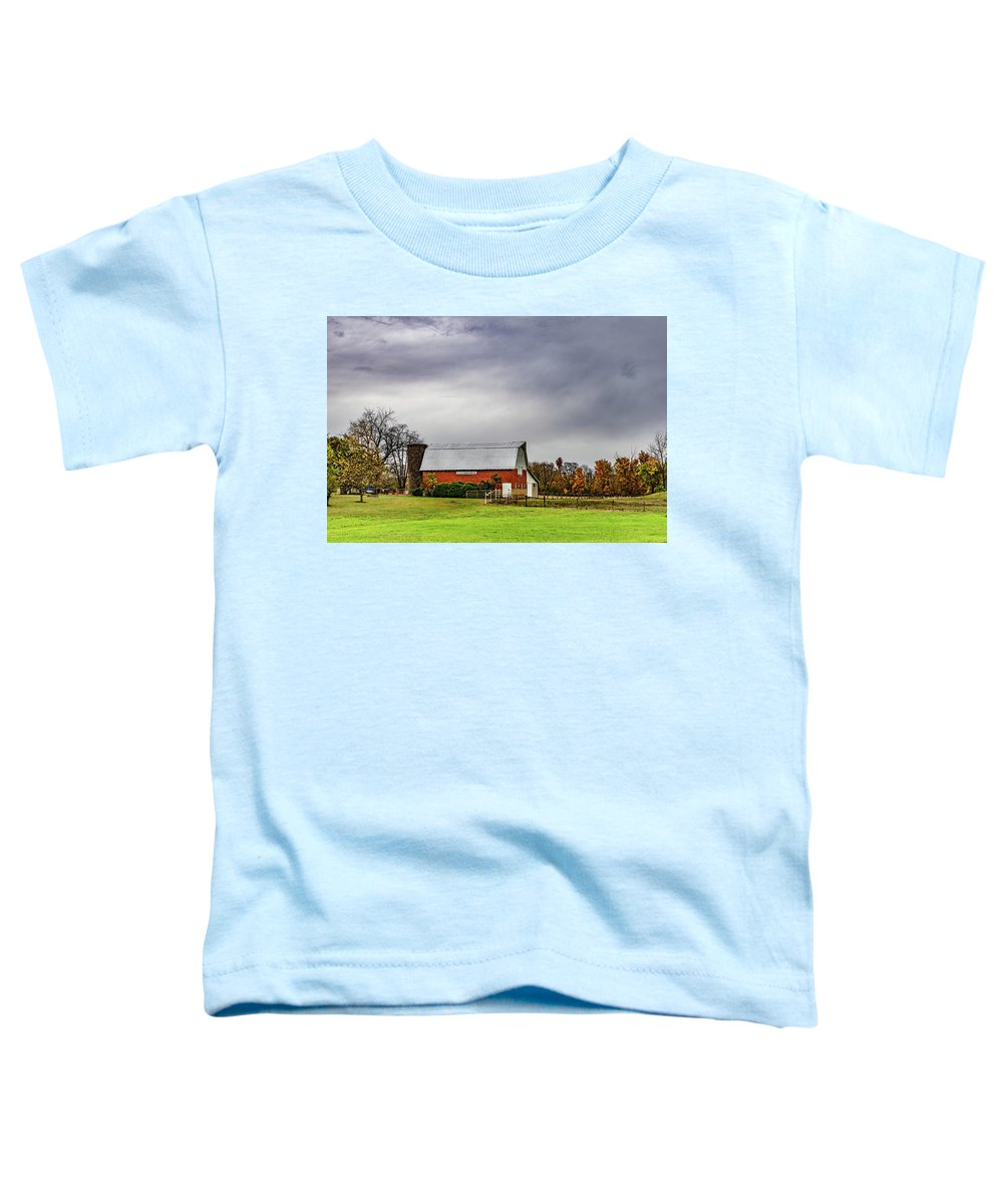 Landscape Toddler T-Shirt featuring the photograph Indiana Barn #112 by Scott Smith