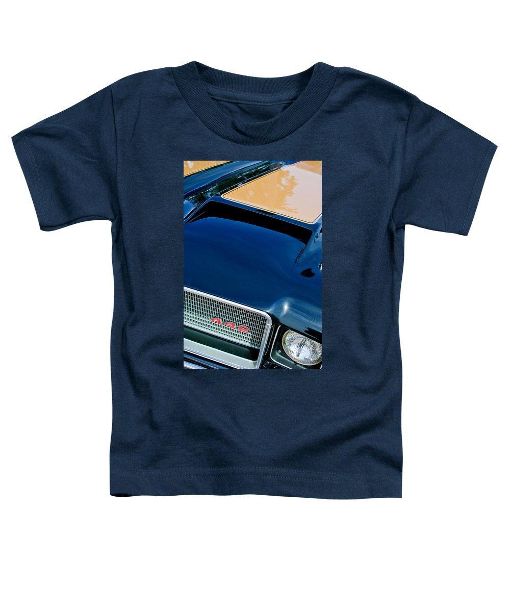 1972 Oldsmobile 442 Grille Emblem Toddler T-Shirt featuring the photograph 1972 Oldsmobile 442 Grille Emblem by Jill Reger