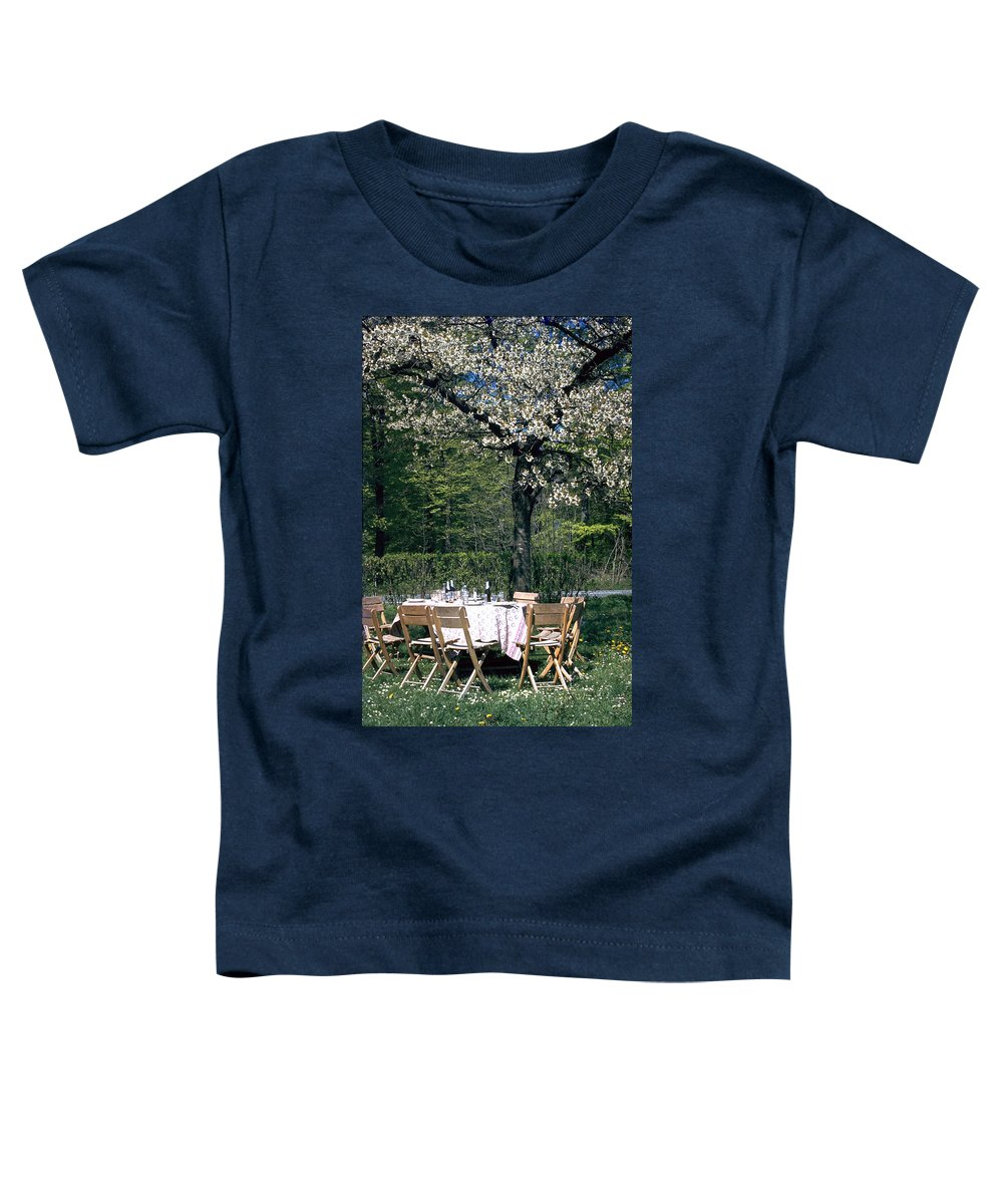 Lunch Toddler T-Shirt featuring the photograph Lunch by Flavia Westerwelle