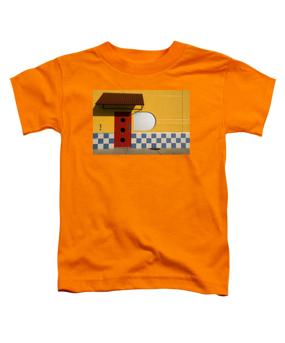 Architecture Toddler T-Shirt featuring the photograph Happy Days by Skip Hunt