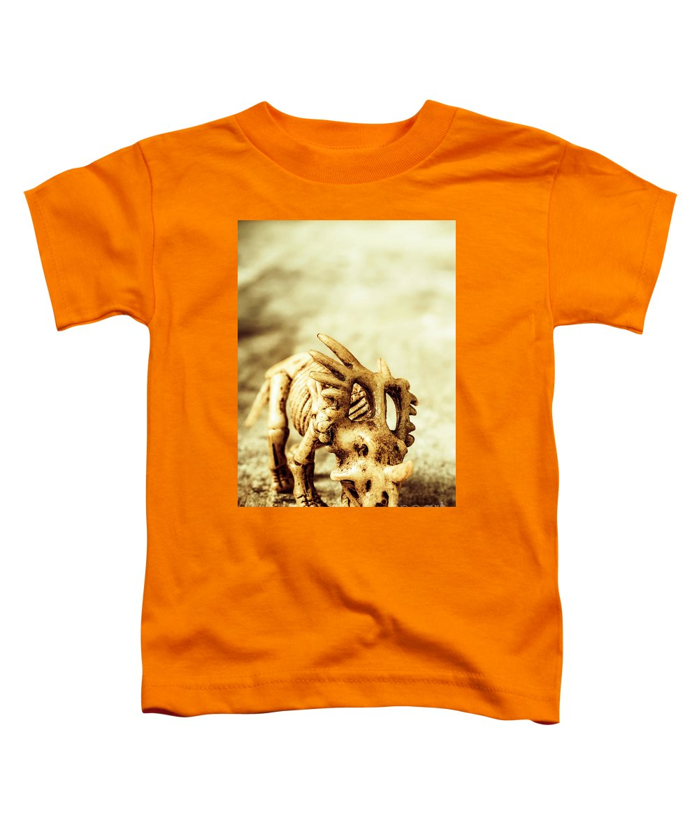 Exhibition Toddler T-Shirt featuring the photograph Model Styracosaurus Skeleton by Jorgo Photography - Wall Art Gallery