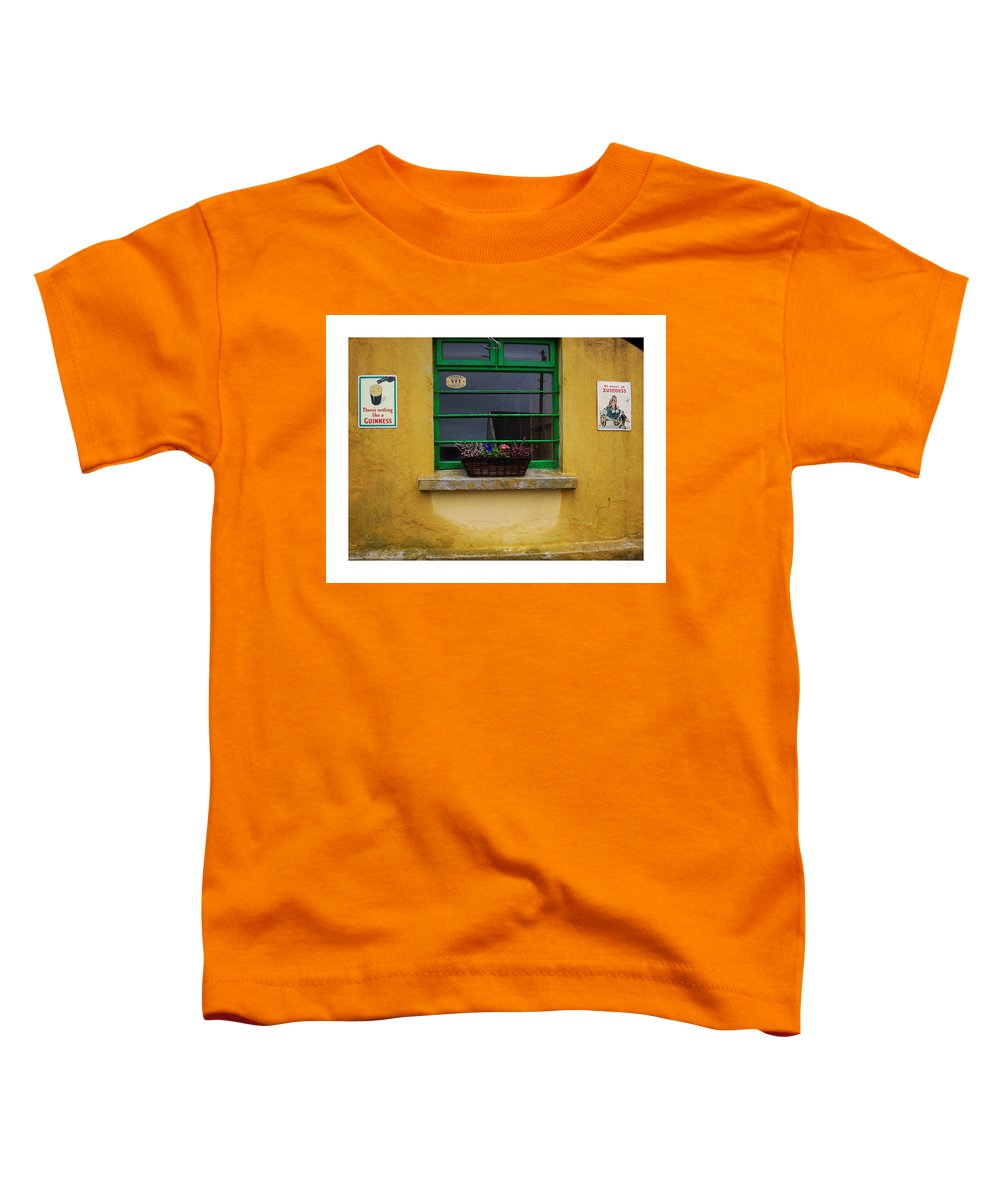 Ireland Toddler T-Shirt featuring the photograph Nothing Like A Guinness by Tim Nyberg