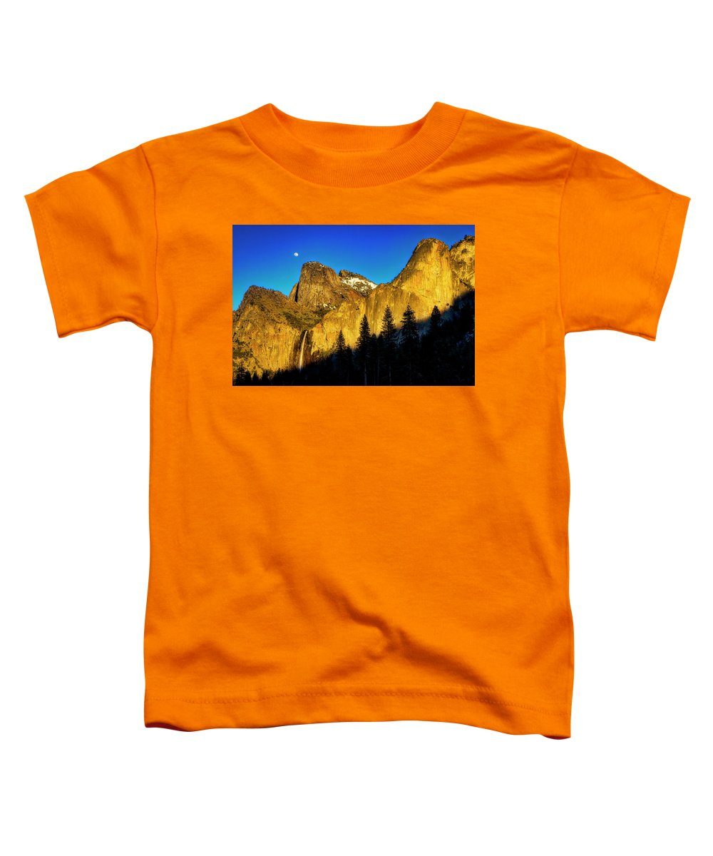 Bridalveil Fall Toddler T-Shirt featuring the photograph Moonrise Over Bridalveil Falls by Garry Gay