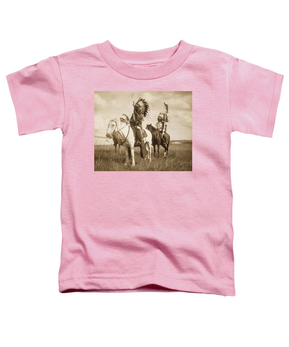 Indians Toddler T-Shirt featuring the photograph Sioux Chiefs by Unknown