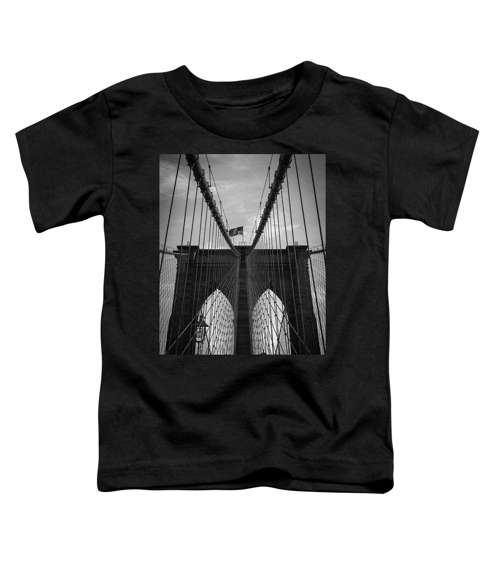 New York Toddler T-Shirt featuring the photograph Brooklyn Bridge by Nicklas Gustafsson