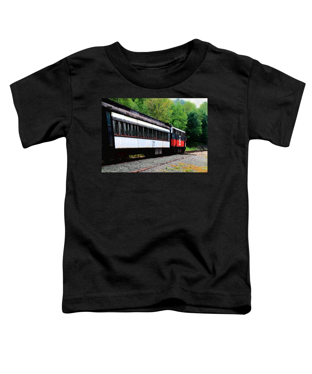 Train Toddler T-Shirt featuring the photograph Chugging Along by RC DeWinter