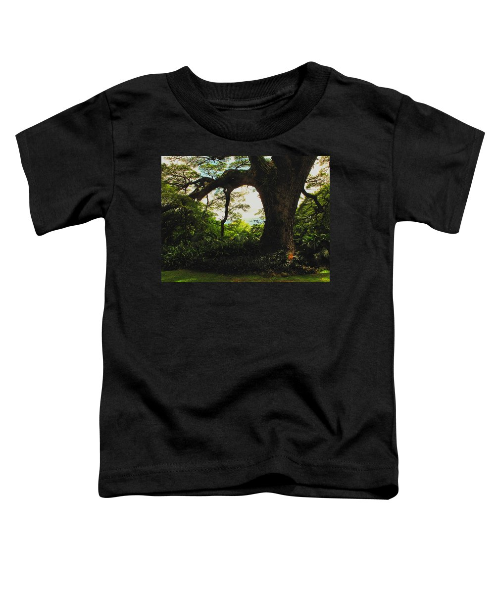 Tropical Toddler T-Shirt featuring the photograph Green Giant by Ian MacDonald
