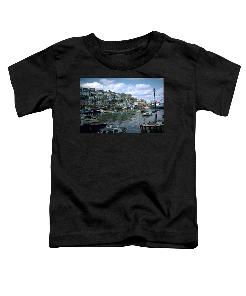 Great Britain Toddler T-Shirt featuring the photograph Harbor by Flavia Westerwelle