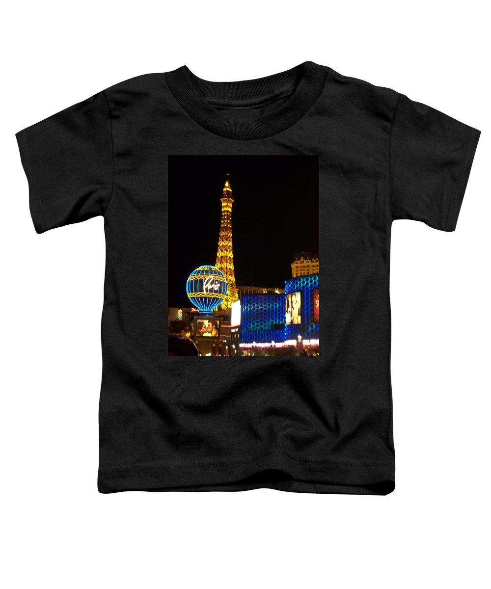 Vegas Toddler T-Shirt featuring the photograph Paris Hotel At Night by Anita Burgermeister