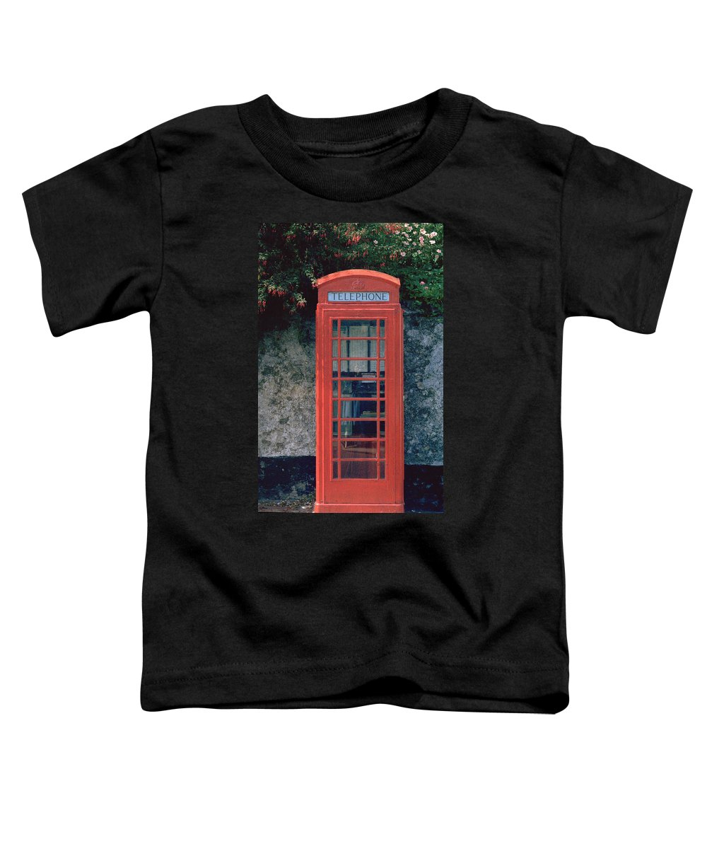 Great Britain Toddler T-Shirt featuring the photograph Phone Booth by Flavia Westerwelle
