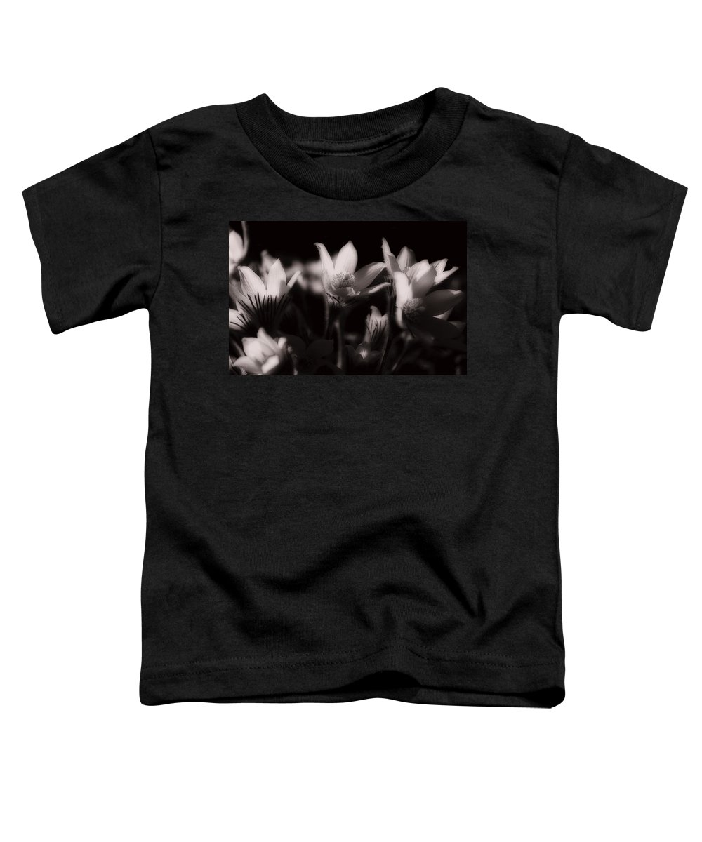 Flowers Toddler T-Shirt featuring the photograph Sleepy Flowers by Marilyn Hunt