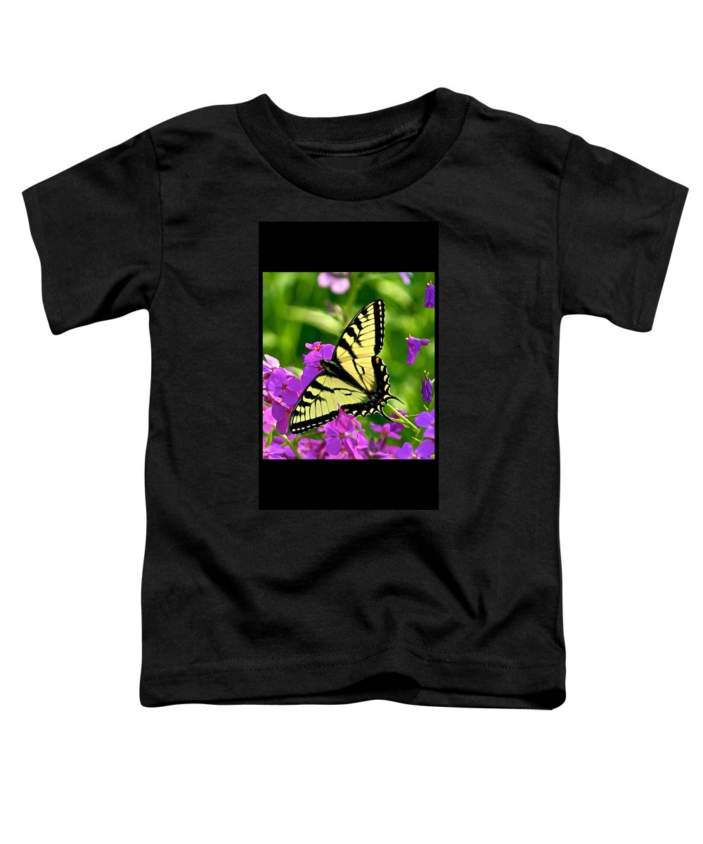 Butterfly Toddler T-Shirt featuring the photograph Spring Glory by Robert Pearson