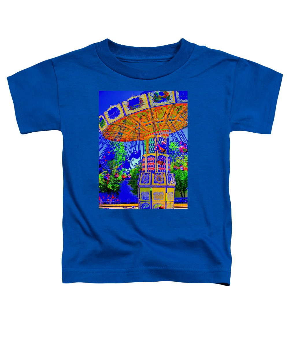 Flying High Toddler T-Shirt featuring the photograph Flying High by Ed Smith