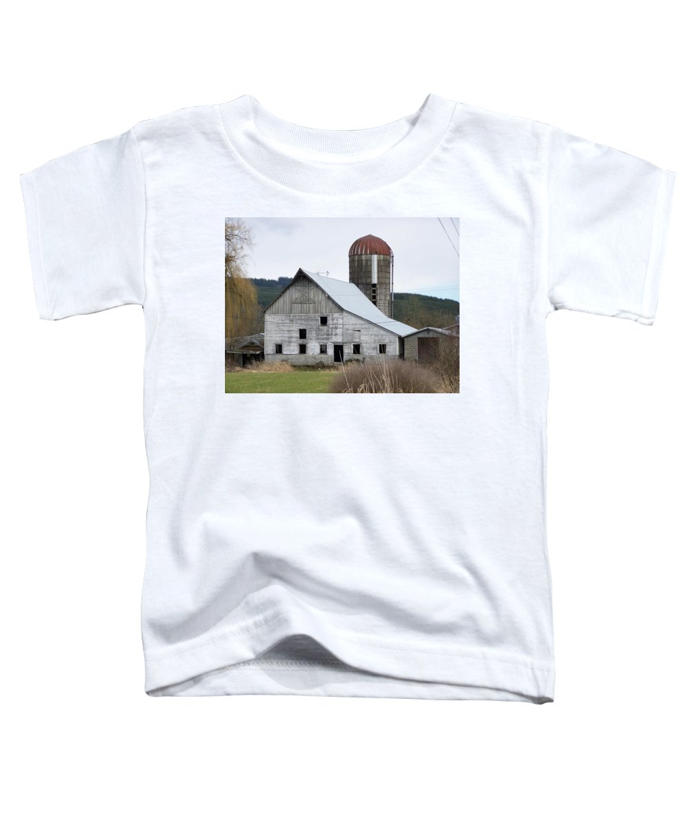 Digital Photography Toddler T-Shirt featuring the photograph Barn And Silo by Laurie Kidd