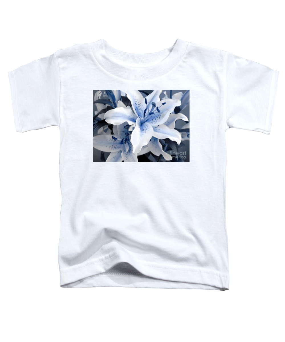 Blue Toddler T-Shirt featuring the photograph Freeze by Shelley Jones