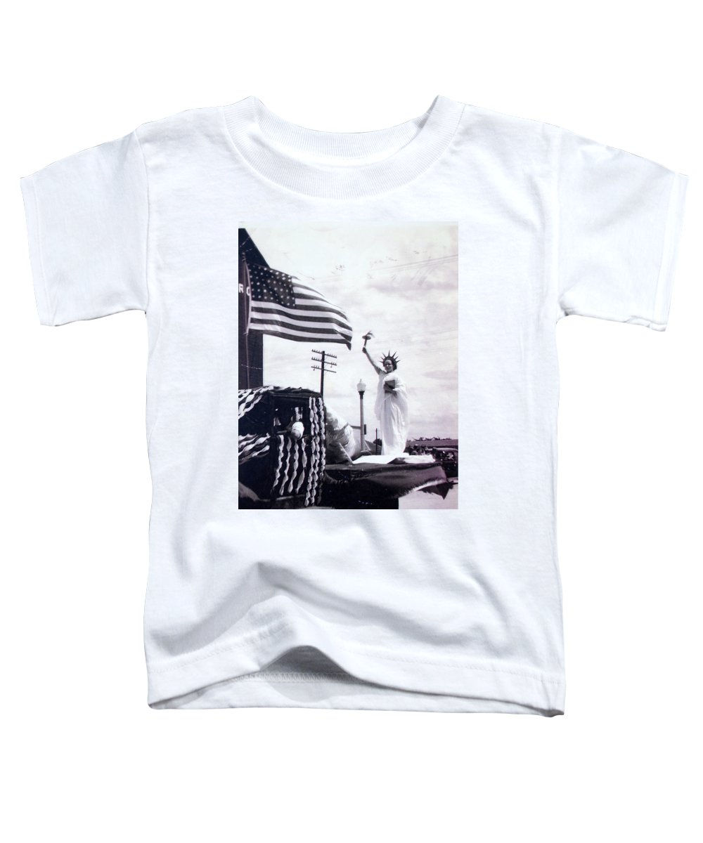 4th Of July Toddler T-Shirt featuring the photograph Lady Liberty by Kurt Hausmann