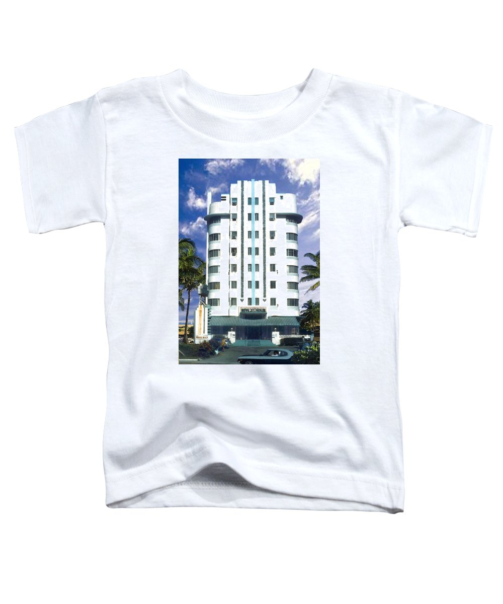 Miami Toddler T-Shirt featuring the photograph The New Yorker by Steve Karol