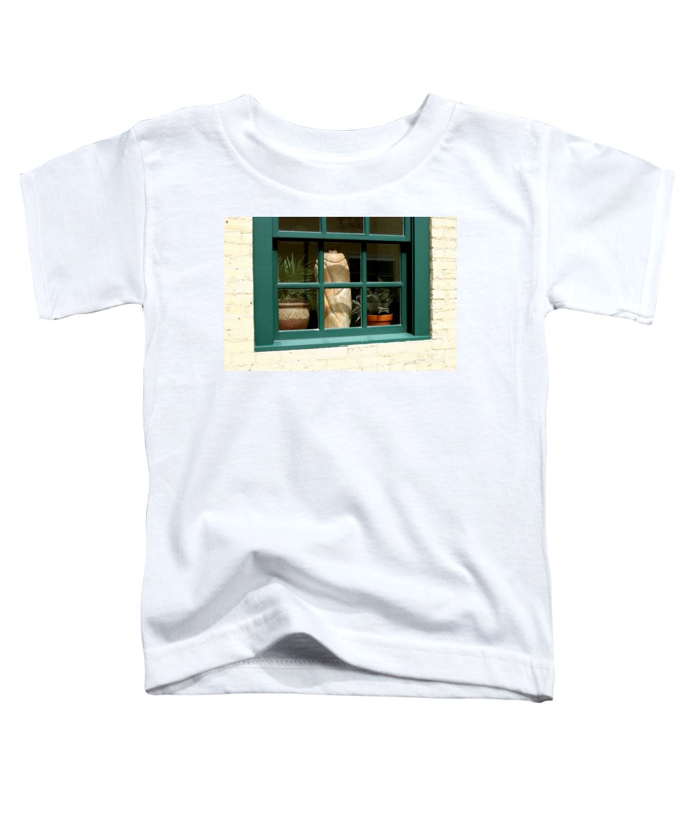 Fern Toddler T-Shirt featuring the photograph Window At Sanders Resturant by Steve Augustin