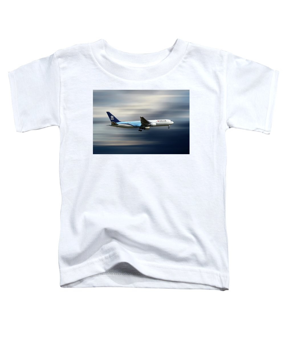Delta Toddler T-Shirt featuring the mixed media Delta Air Lines Boeing 767-332 by Smart Aviation