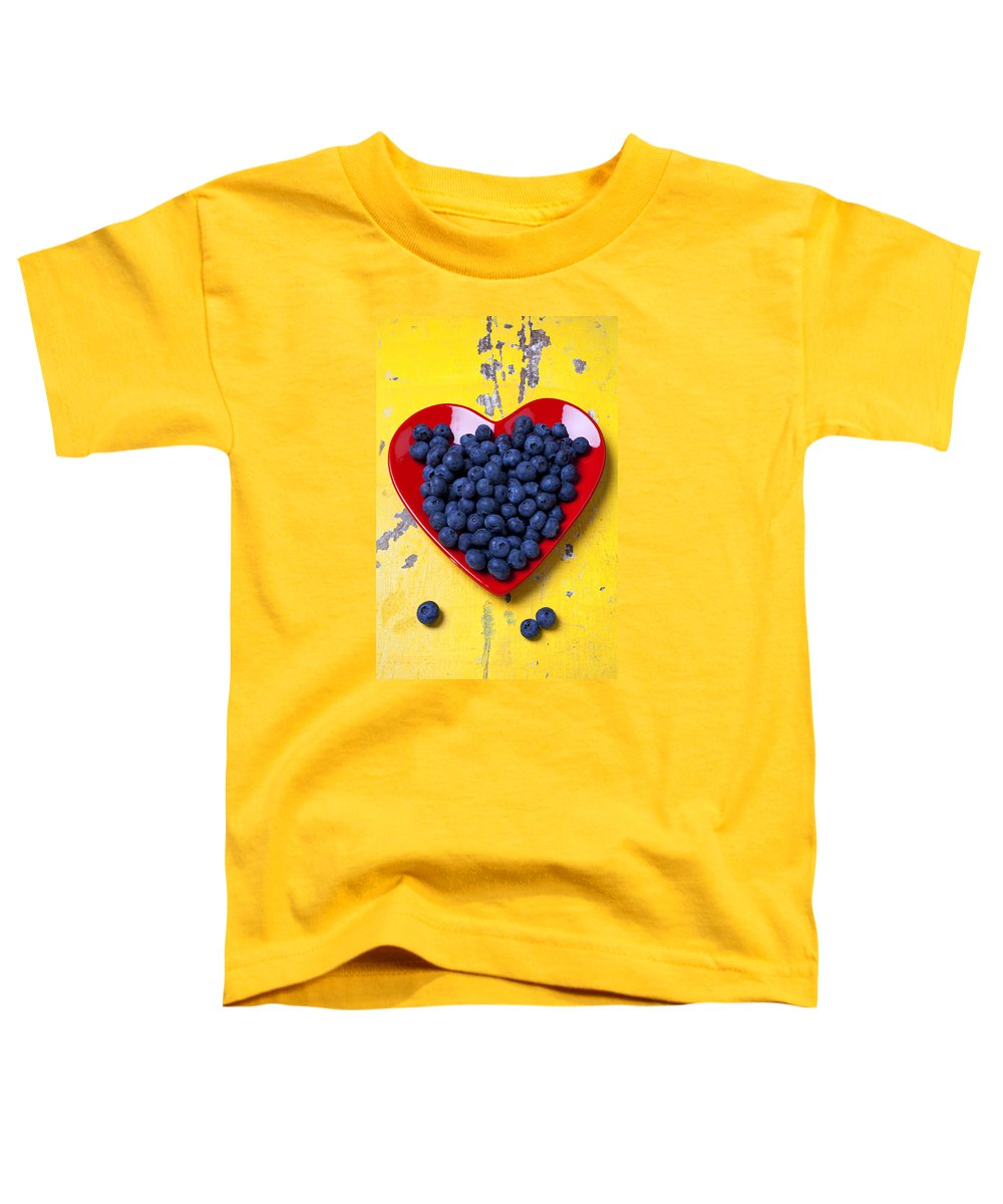 Red Heart Shaped Plate Toddler T-Shirt featuring the photograph Red Heart Plate With Blueberries by Garry Gay