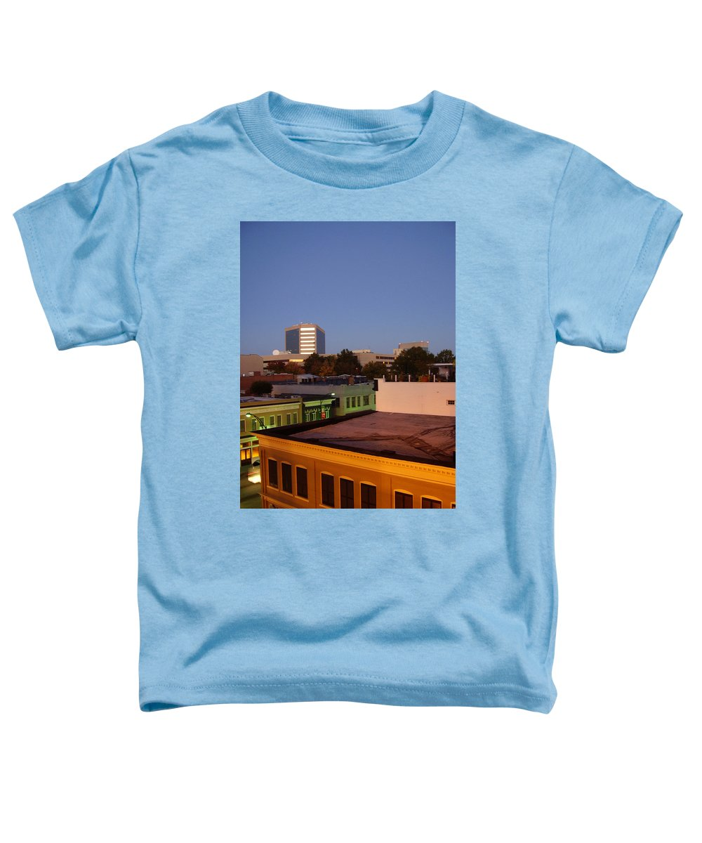 Greenville Toddler T-Shirt featuring the photograph Greenville by Flavia Westerwelle