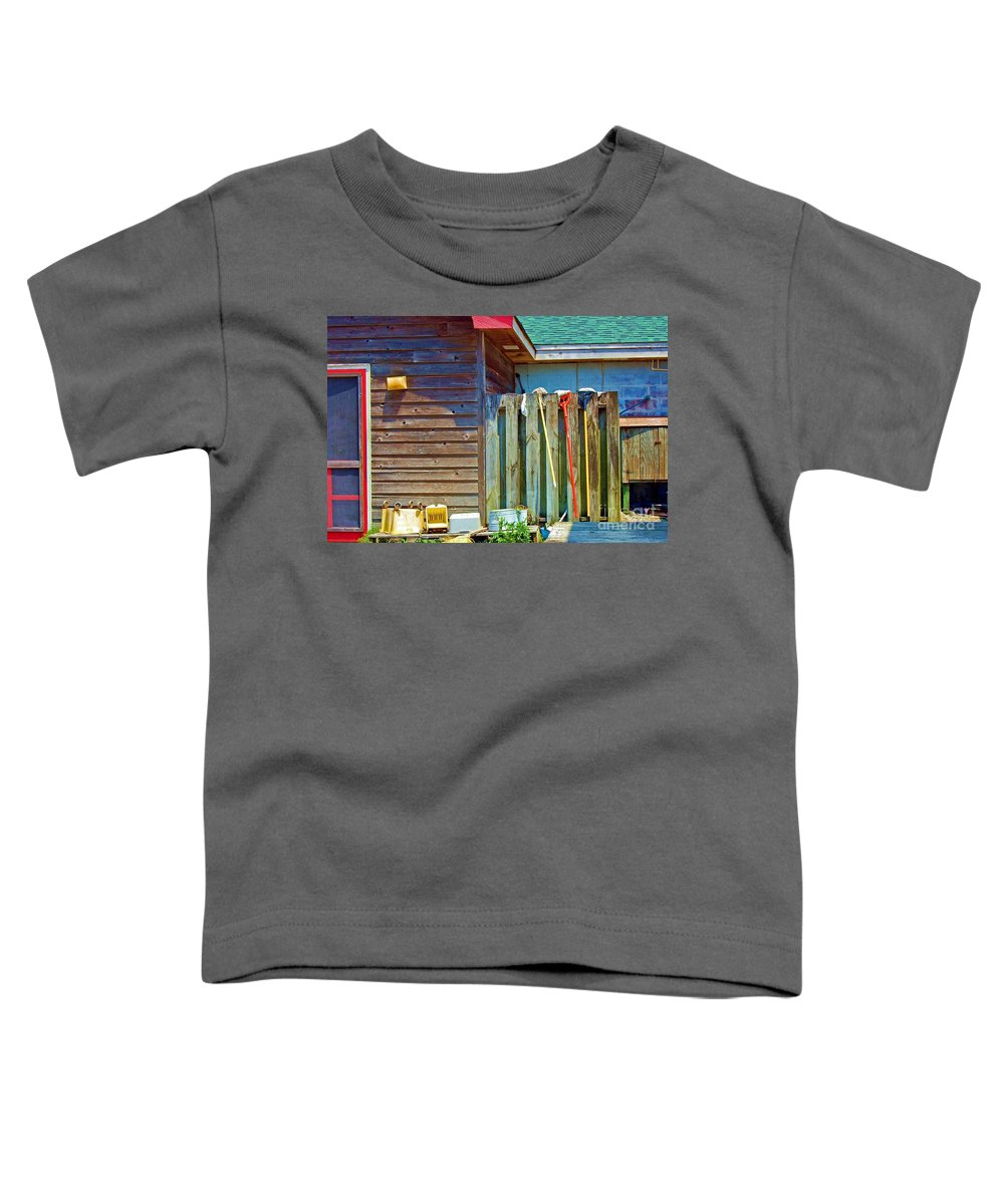 Building Toddler T-Shirt featuring the photograph Out To Dry by Debbi Granruth