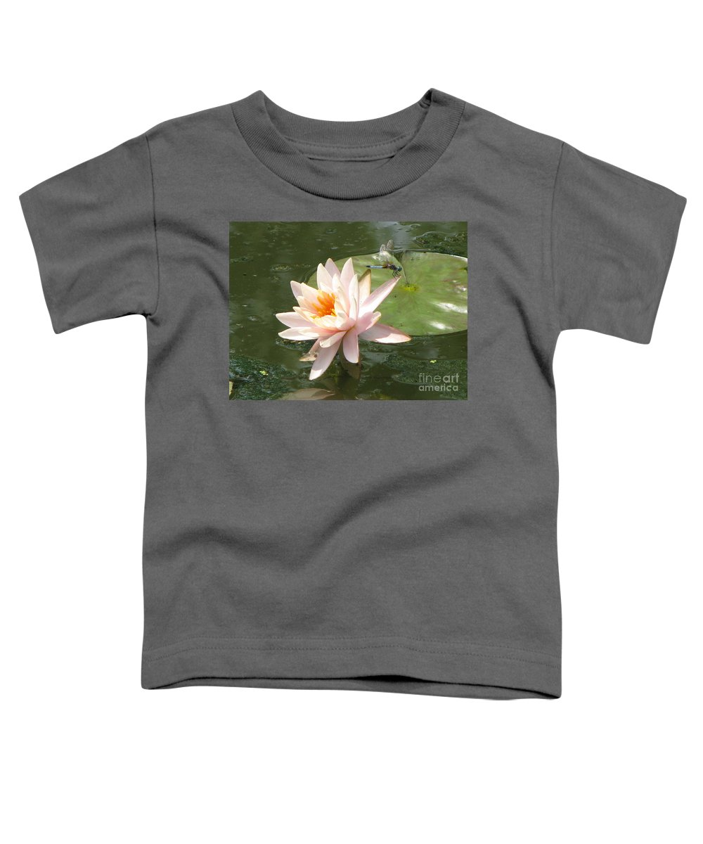 Dragon Fly Toddler T-Shirt featuring the photograph Dragonfly Landing by Amanda Barcon