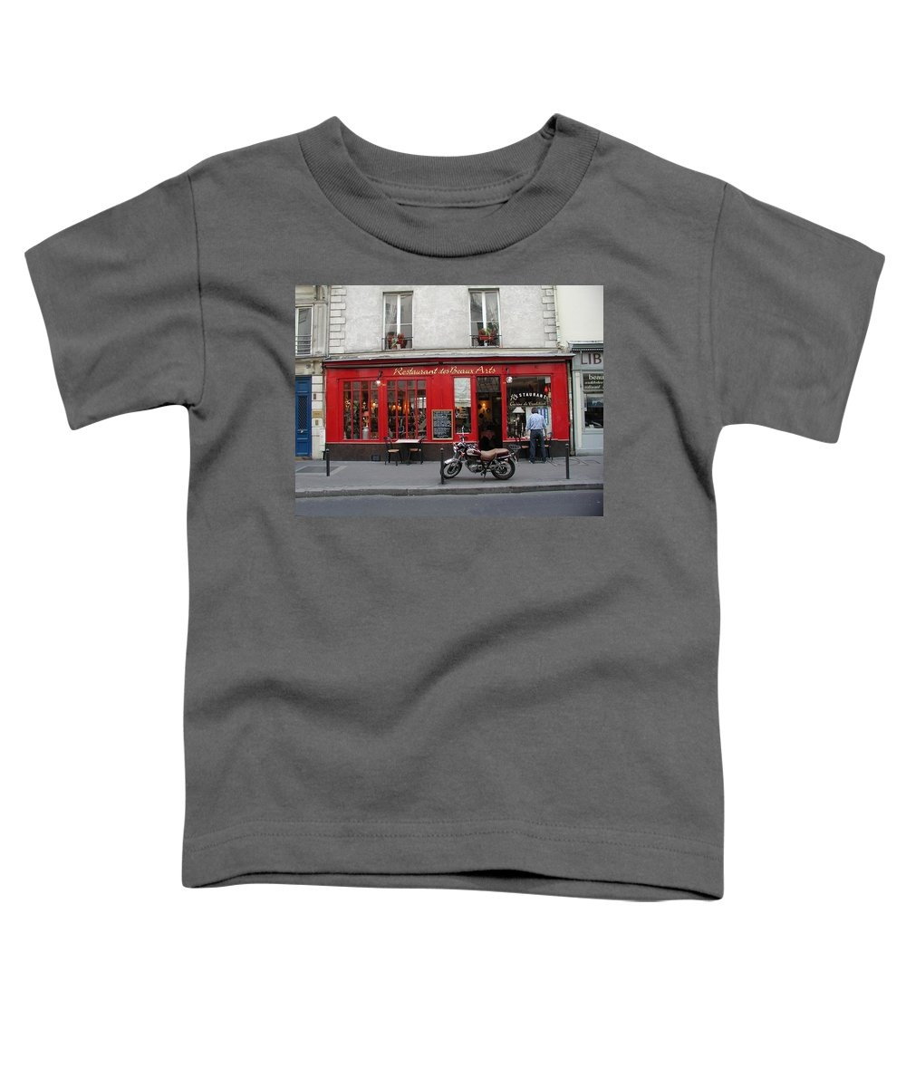 Red Toddler T-Shirt featuring the photograph A Stop Along The Journey by Tom Reynen