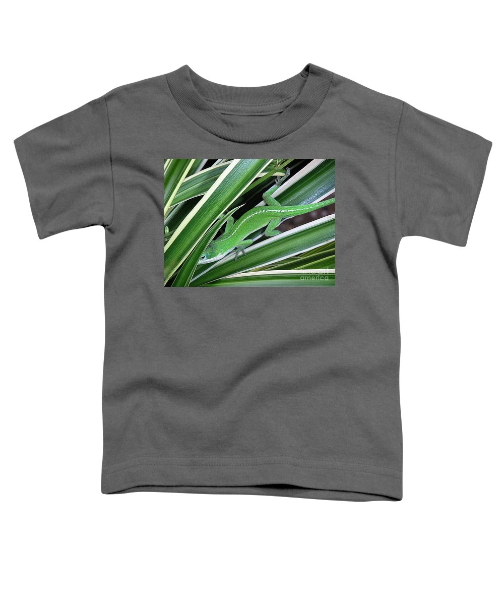Nature Toddler T-Shirt featuring the photograph Anole Hiding In Spider Plant by Lucyna A M Green