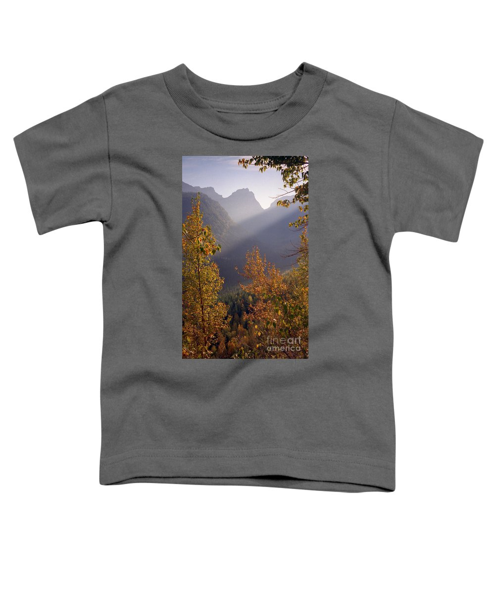 Mountains Toddler T-Shirt featuring the photograph Autumn At Logan Pass by Richard Rizzo